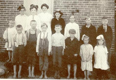 Whittier School, District 9, 1916